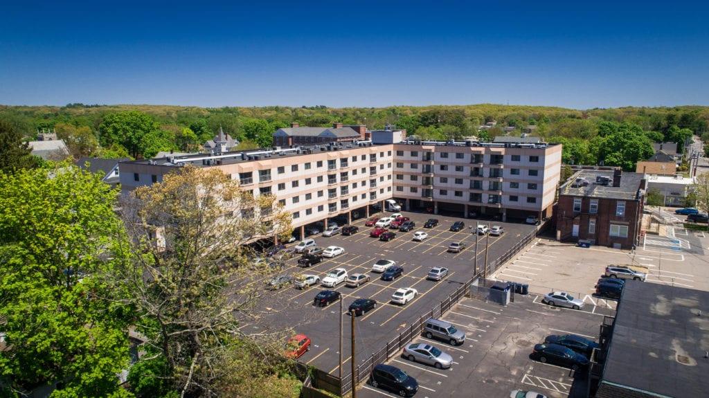 Pace Plaza Condominium Complex
